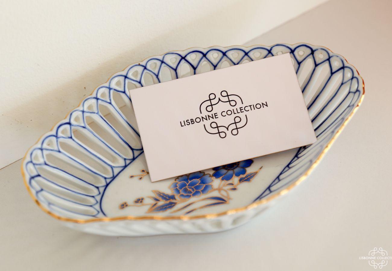 Décoration en céramique avec carton de linge de luxe