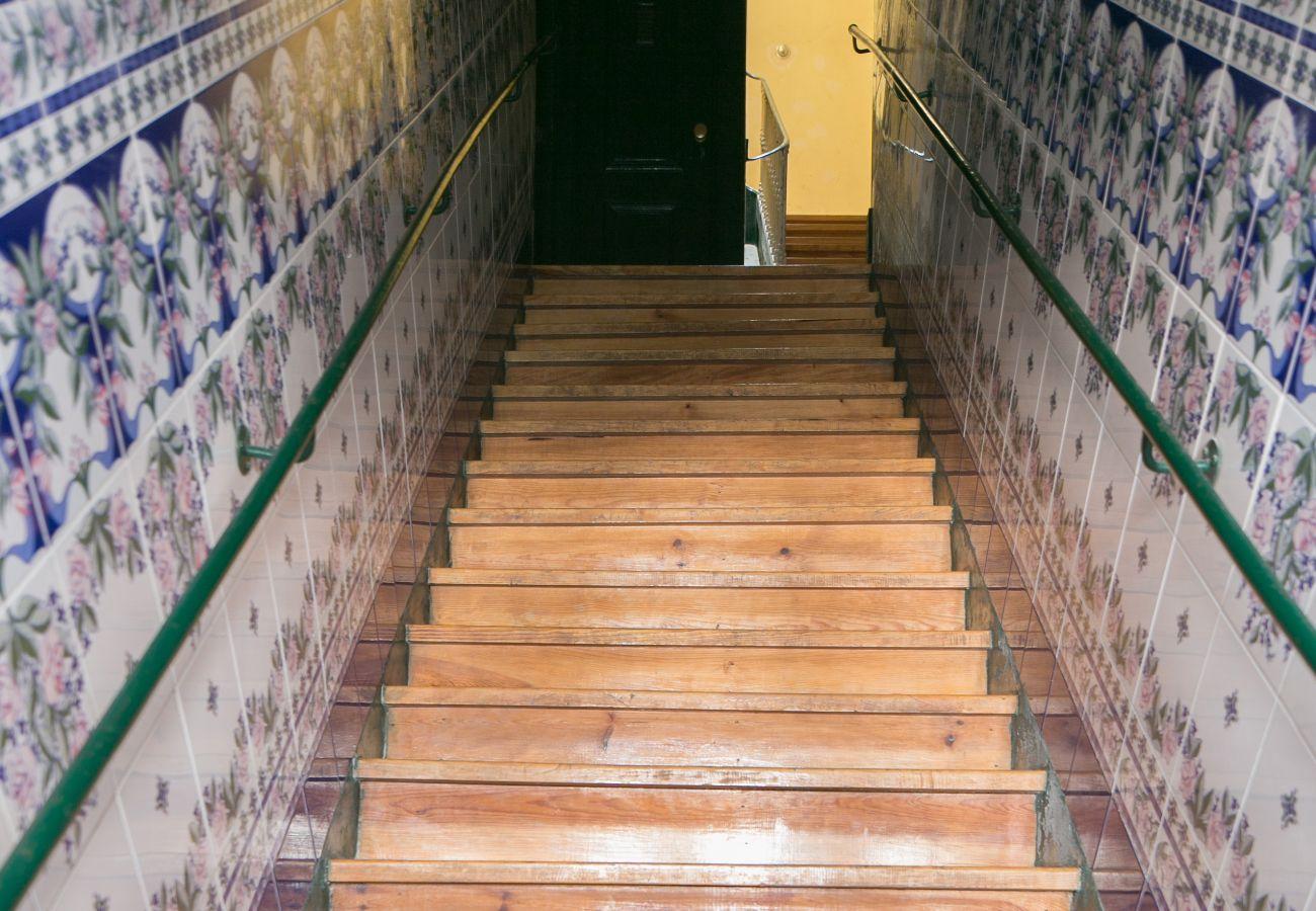 Azulejos de l'entrée de l'immeuble de location