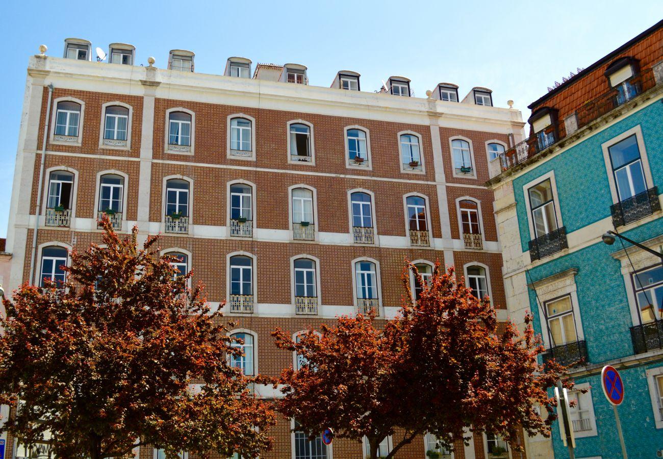 Bel immeuble agréable en location à Lisbonne pour des vacances en famille