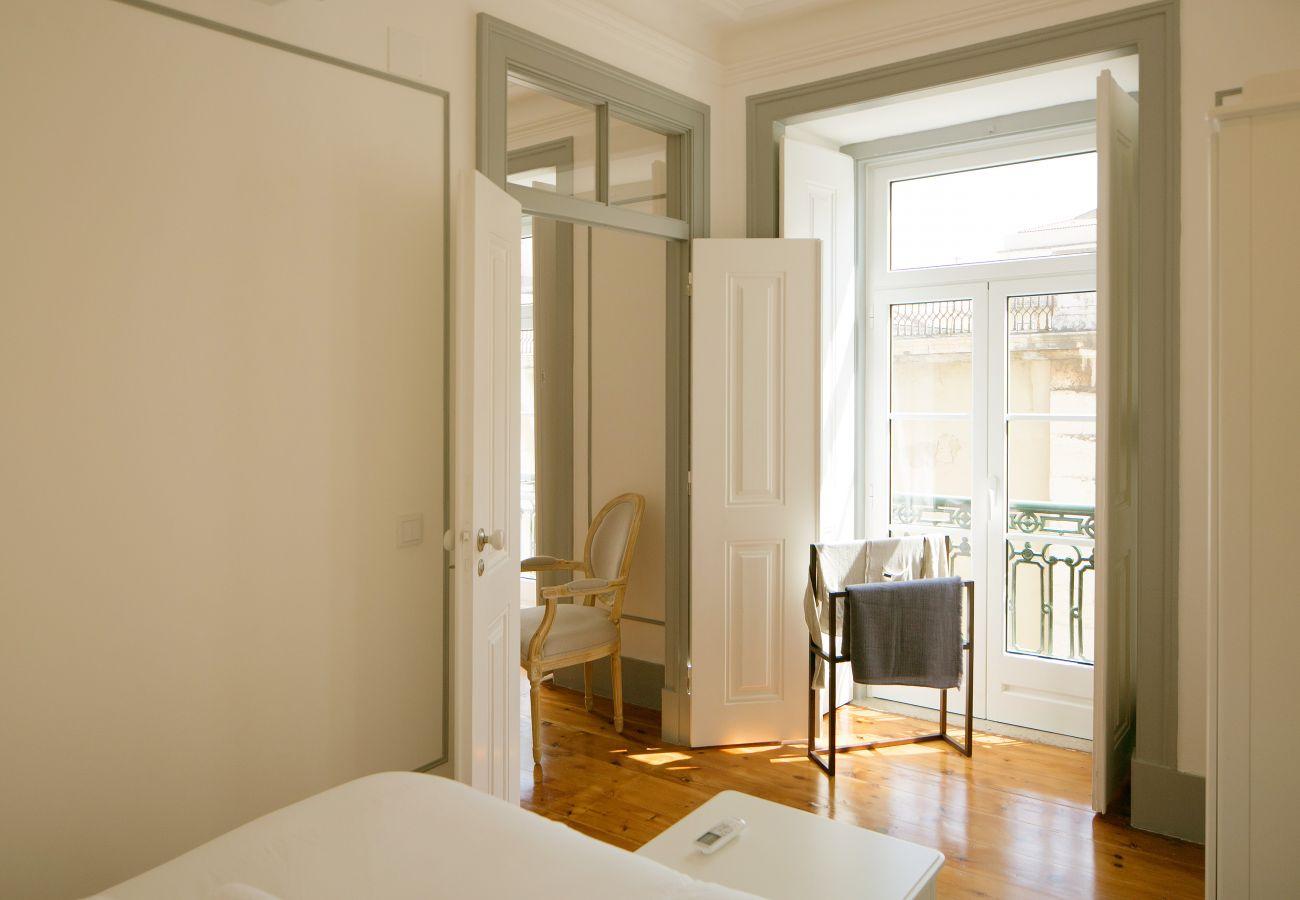 Chambre pour adulte luxueuse et lit haut de gamme pour profiter pleinement de ses nuits