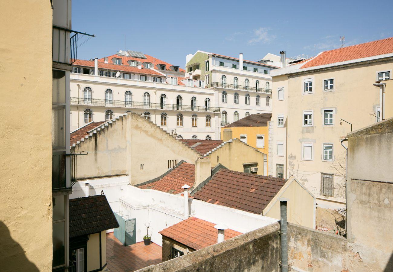 Colline du Chiado où se trouvent cet appartement mis en location