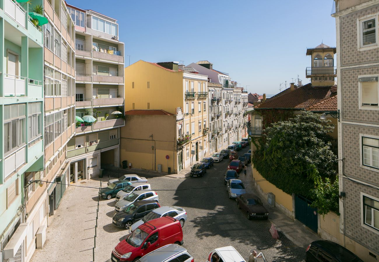 Vue sur le quartier historique de Graça à Lisbonne
