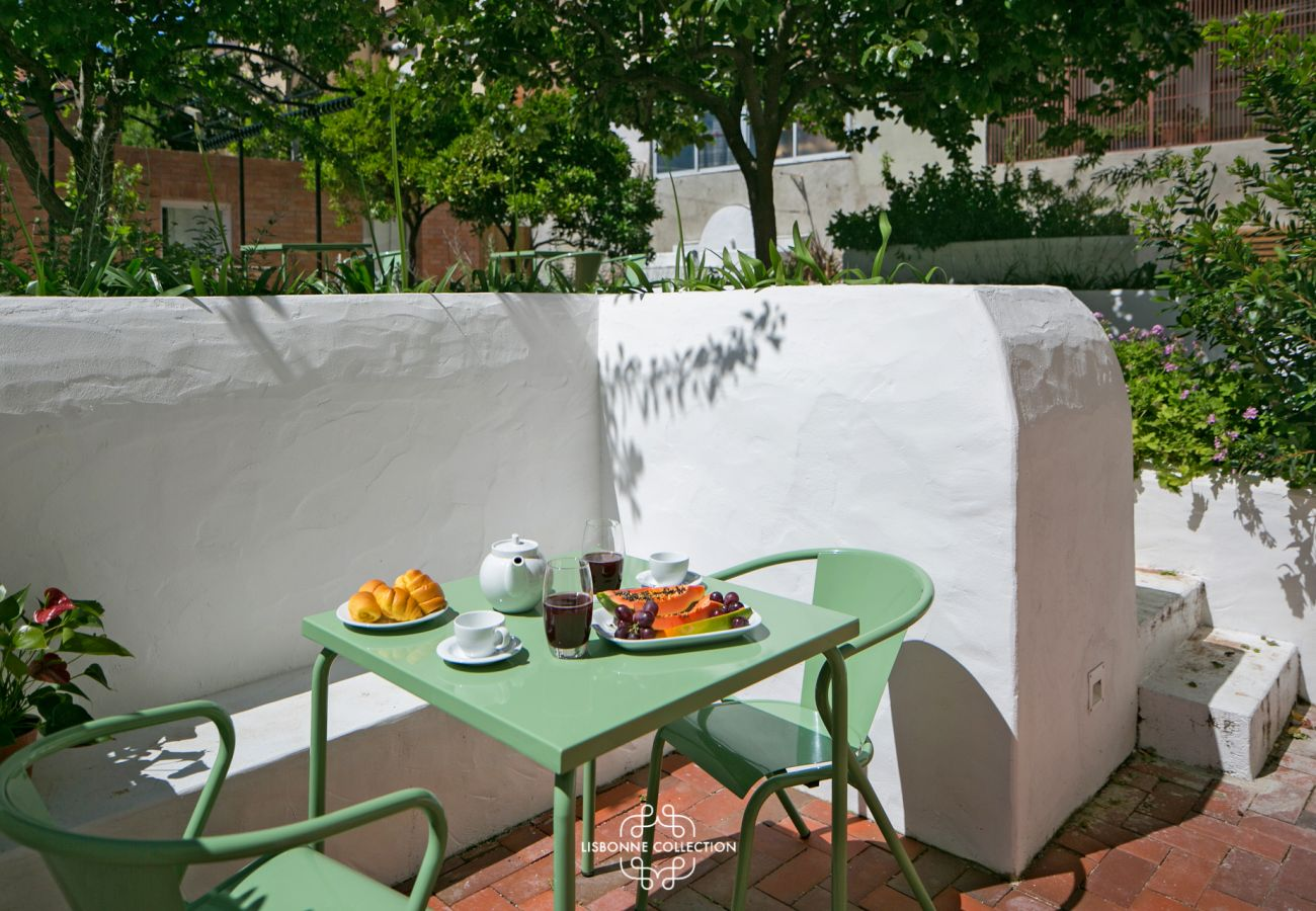 Terrasse avec jardin possédant une vue sur le Tage pour les vacances