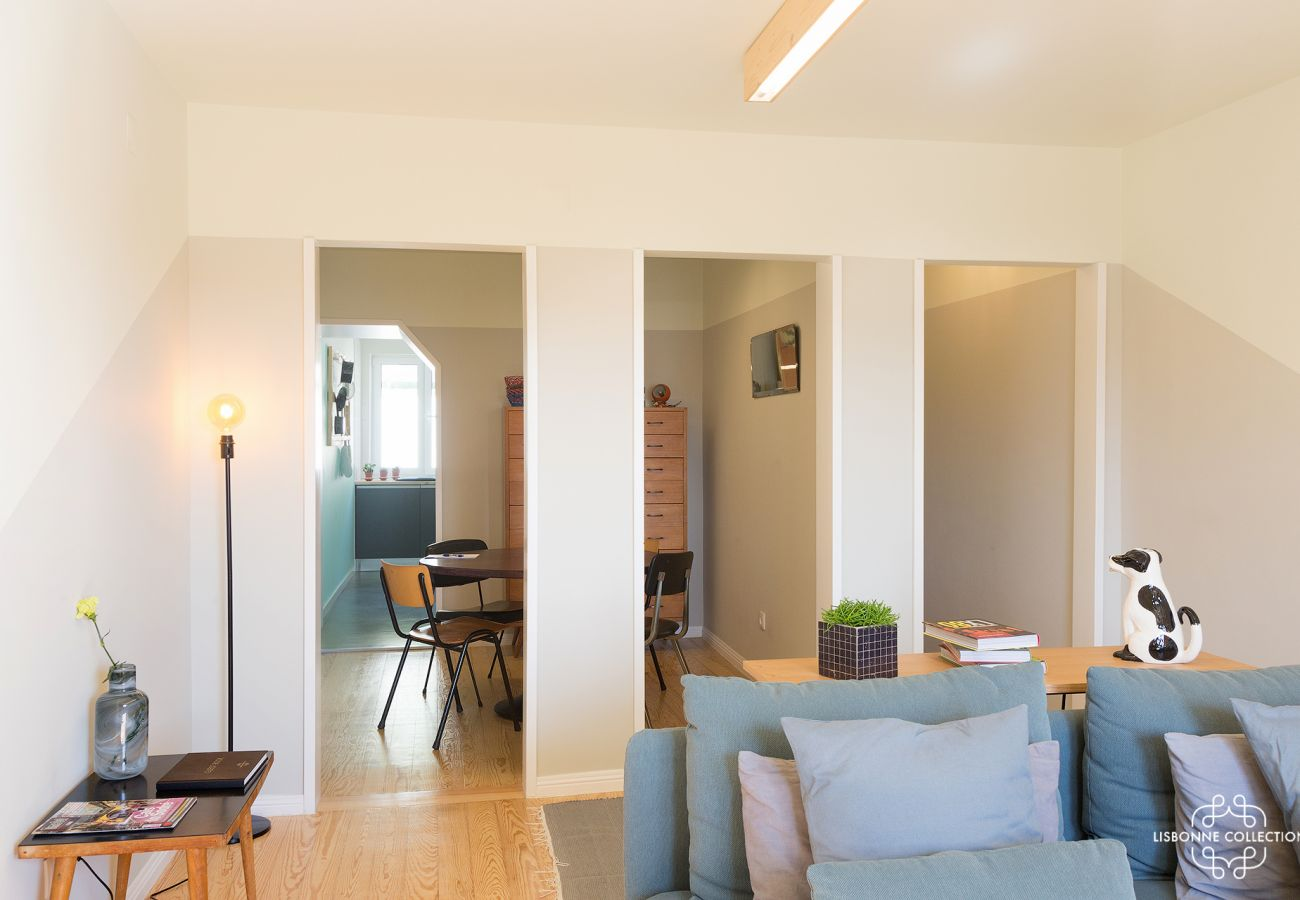 Duplex design et prestigieux tout équipé et spacieux