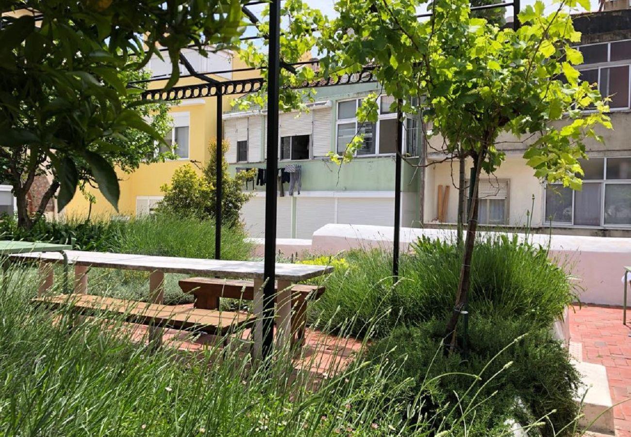 Appartement à Lisbonne - Garden Quiet and Cosy Apartment 30 by Lisbonne Collection