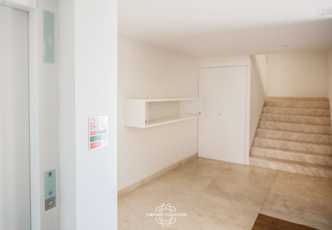 Appartement à Lisbonne - Central Apartment with Parking, Terrace and swimming pool 56 by Lisbonne Collection