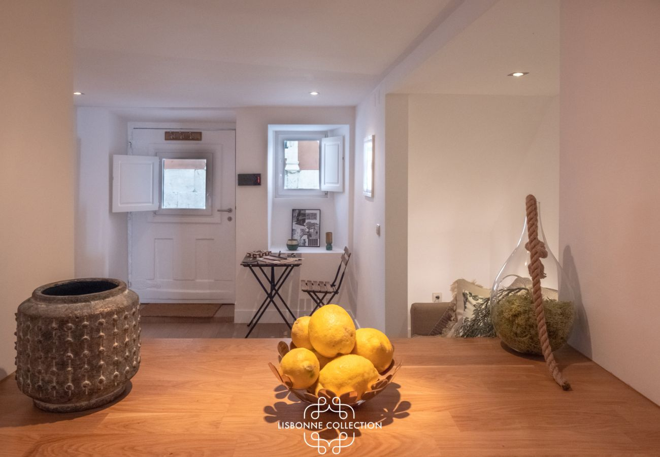 Appartement à Lisbonne - One Bedroom with Terrace in Alfama Centre 75 by Lisbonne Collection